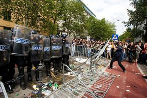 1274461524-violent-antigovernment-student-protests-in-slove.jpg