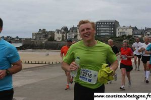 DENIS R en plein effort SEMI CANCALE 3 JUIN 2012