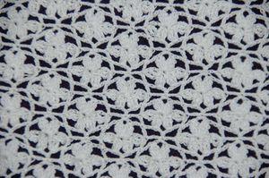 point de dentelle au crochet petites fleurs le blog de crochet et tricot d 39 art de suzelle. Black Bedroom Furniture Sets. Home Design Ideas
