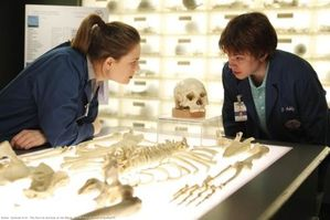 bones-516-saison-5-episode-16-photos-promo-L-1.jpg