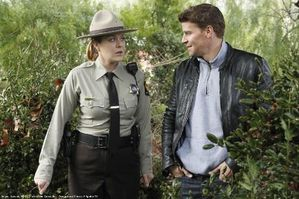 bones-517-saison-5-episode-17-photos-promo-L-1.jpg