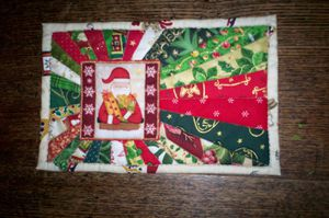 July-252711-Xmas-Mug-Rug-Swap-for-Anne-McGregor-1-.JPG