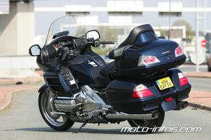 Honda-Goldwing-DE-luxe.jpg