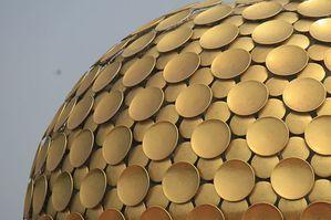 800px-Matrimandir-_Auroville_Pondicherry.jpg