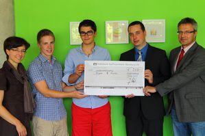 Scheckubergabe-VR-Bank-Wurzburg.JPG