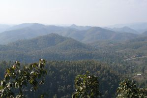 Mountains_in_Mae_Hong_Son_Province.jpg