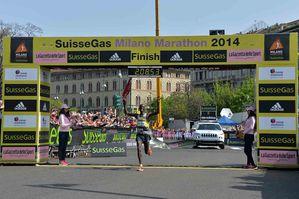 SuisseGas Milano Marathon (14^ ed.). Al keniano Francis Kiprop va la SuisseGas Milano Marathon 2014, disputatasi il 6 aprile. La connazionale Visiline Jepkesho trionfa in campo femminile