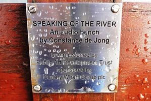 Le audio-bench di Constance de Jong e il progetto Speaking of the River