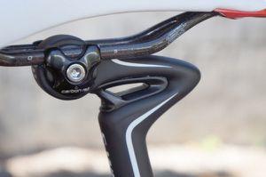 2013-Specialized-Roubaix-Cobl-Gobl-R-seatpost01-60-copie-1.jpg