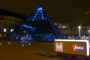 Merck-PYRAMIDEdarmstadt-allemagne--3.jpg