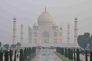 Agra--Taj-Mahal--3-.JPG