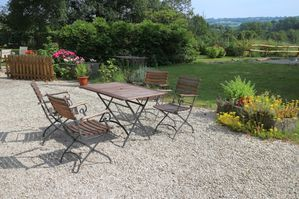 table-jardin.jpg