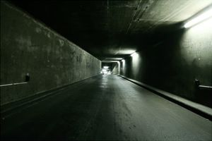 tunnel-2-thb