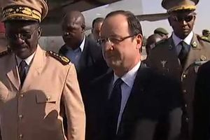 mali-hollande.jpeg