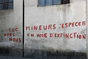 Inscription-sur-un-mur-Mine-de-Tucquegnieux-Sebas-copie-1.jpg