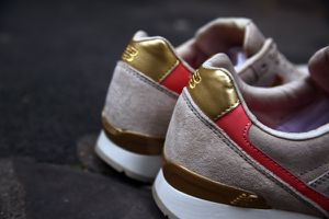 NEW-BALANCE-2011.jpg