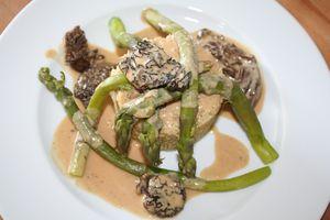 trio-asperge--morille--quinoa-sauce-FG--2-.JPG
