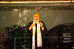 Gil Florini pretre chanteur juillet 2011 - 12