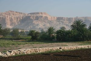 THEBES-8924-small.JPG