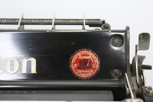 REMINGTON-STANDARD_1750.jpg