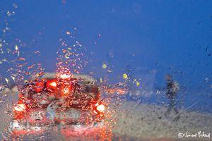 Embouteillagee Sous La Neige