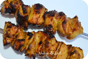 brochettes poulet marinade beurre cacahuette curry