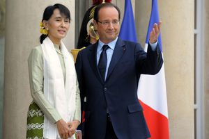 Aung_San_Suu_Kyi_Hollande_France.jpg