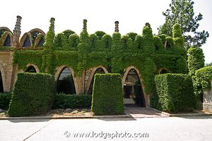 exterior-codorniu-cava-winery-near-barcelona-spain-315