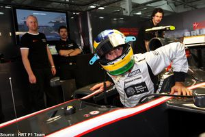 HRT---Bruno-Senna-copie-2.jpg