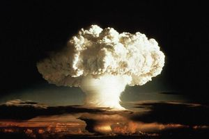 20.10.Nucleaire.bombe.atomique.champignon.930.620_scalewidt.jpg