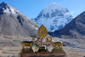 36 Mount Kailash North Face And Golden Deer And Dharma Whee