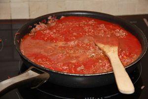 sauce bolognaise pour lasagnes maison le blog de bricetcroc. Black Bedroom Furniture Sets. Home Design Ideas