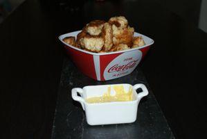 Nuggets de poulet et leur sauce au curry