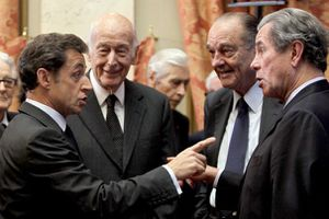 r-french-presidents-chirac-and-giscard-d-estaing-and-jean-l.jpg