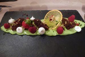 fenetre sur cour - framboises, chocolat et pistache