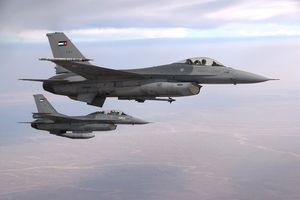 Two_F-16_of_the_Royal_Jordanian_Air_Force-photo-USAF.jpg