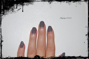 faint of heart nails papillons+na oct rose (3) bis