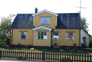 031-Mjällby,maison pimpante en bois