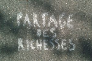 Partage-des-Richesses_000149_R_R50.jpg