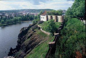chateau-forteresse-Vysehrad-prague.jpg