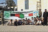 afghanistan-militari-italiani-consegnano-aiuto-orfanotrofio.jpg