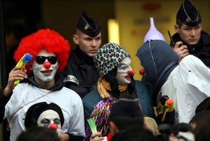 brigade_clowns_604.jpg