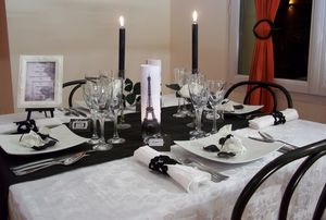 Decor of table a theme a decoration of table o dreams - Deco mariage theme paris ...
