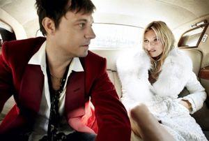 Kate-Moss-par-Mario-Testino-Vogue-US-Septembre-2011-2-1.jpg
