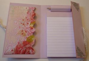 Carnet-Claude-Rose-interieur-Fee-du-scrap-Anne.JPG