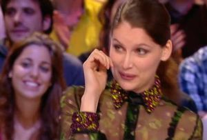 Laetitia Casta Grand journal Canal plus 3