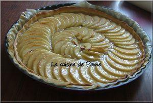 Tarte-aux-pommes-sur-lit-de-compote-7.JPG