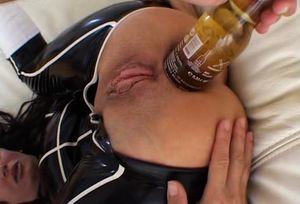 Latexangel 112 - Beerbottles Of Different Size In Anus, Ana