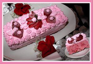 Cake-glace-aux-fraises-de-Yoya.jpg