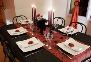 Decor of table a theme a decoration of table o dreams - Table basse rouge et noir ...